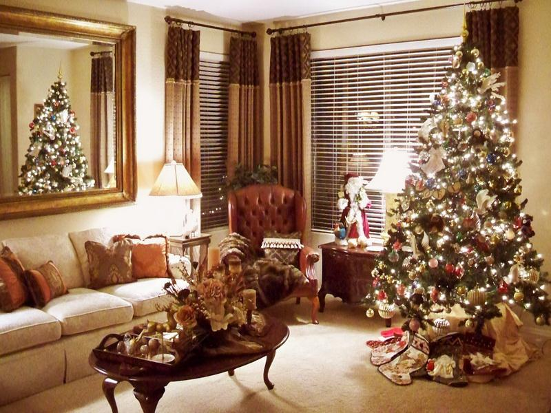 Old-Fashioned-Christmas-Decorating-Ideas-Living-Space